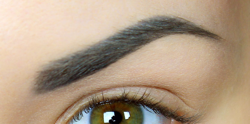 La dermopigmentation des sourcils