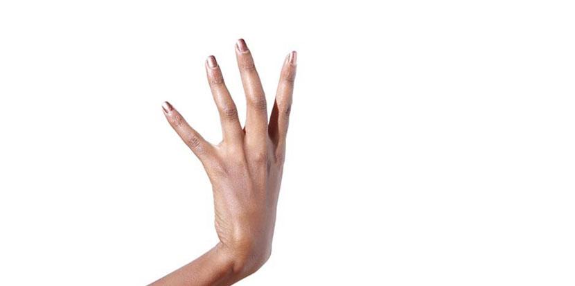 La pose d'ongles américains, le relooking de vos ongles